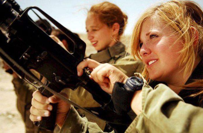 مجندات الجيش الاسترالي