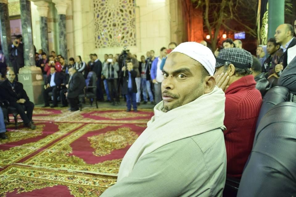 مجهول يقتحم عزاء ممدوح عبدالعليم