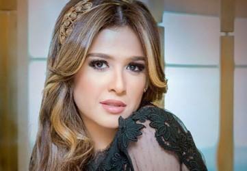 ياسمين عبدالعزيز - بارزة
