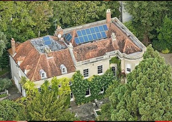 قصر جورج كلوني