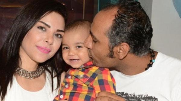 الفت عمر وزوجها