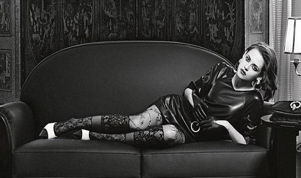 """كريستين ستيوارت بالأبيض والأسود في جلسة تصوير لـ""""شانيل"""".. صور"""