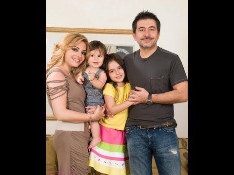 عابد فقد وزينة يازجي واولادهما - Copy