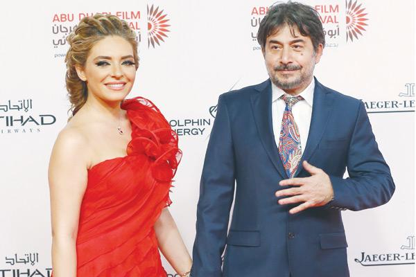عابد فهد وزوجته زينة يازجي - Copy
