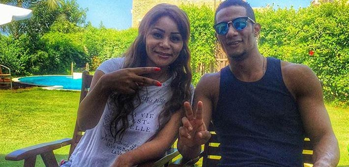 محمد رمضان وشقيقته 2