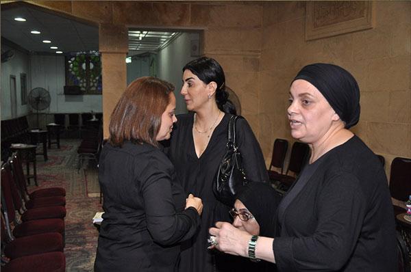 عزاء والدة الفنانة عفاف رشاد