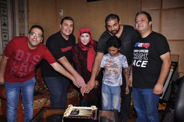 شاهيناز وزوجها وابنها6