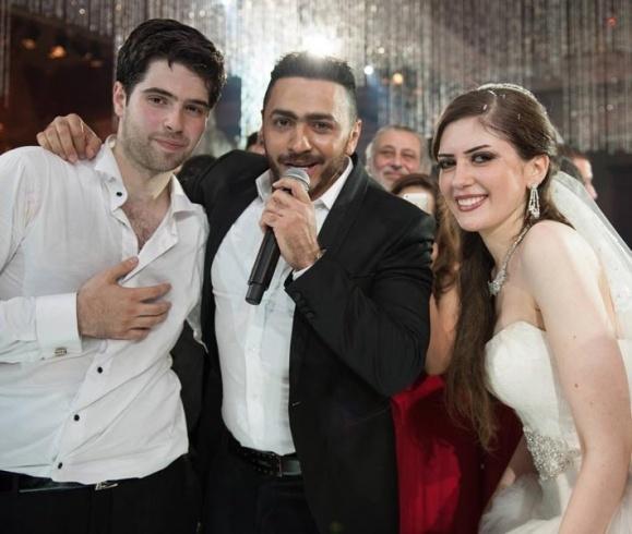 طارق الابياري وزوجته3