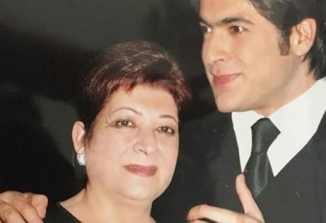 والدة وائل كفوري