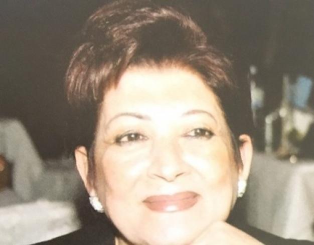 والدة وائل كفوري2