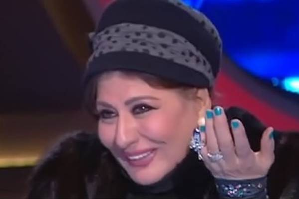 17ed26fd1 العجز يظهر على ملامح سهير رمزي ونظارة طبية تغير شكلها.. شاهد