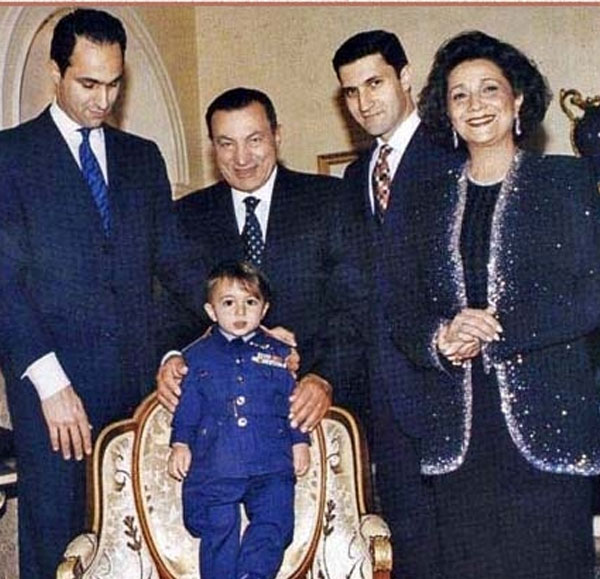 مجمد حسني مبارك وحفيده
