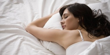 o-WOMAN-SLEEPING-facebook-660x330