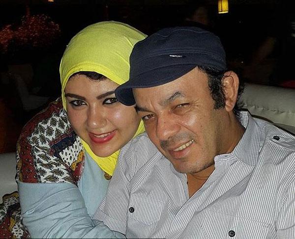 علاء مرسي وابنائه