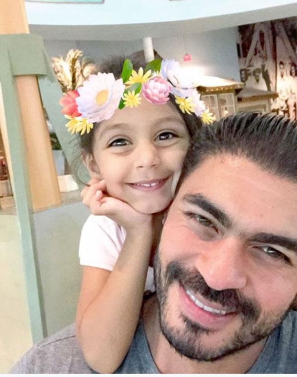 خالد سليم وابنته