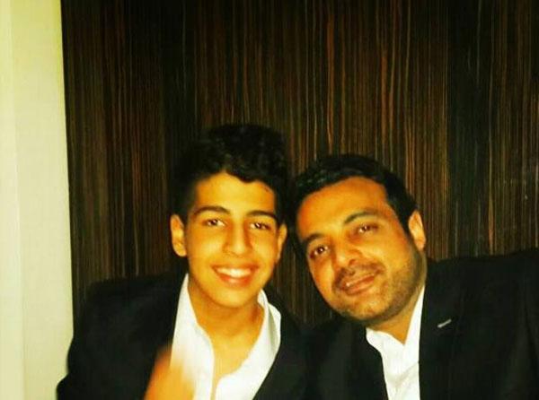 عمرو محمود ياسين وابنائه