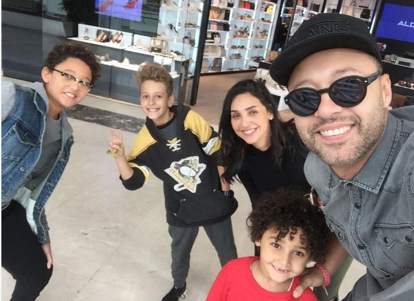 احمد فهمي وزوجته واولاده
