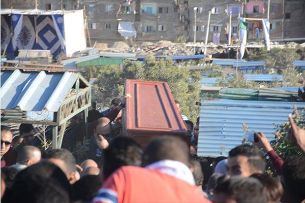 جنازة الفنان محمود عبدالعزيز
