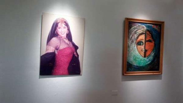معرض فني للوحات معالي زايد