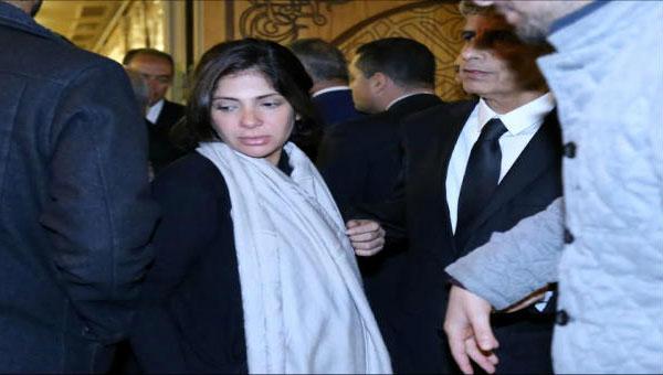منى زكي - عزاء زوجة الفنان محمد صبحي