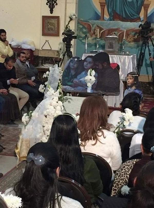 جنازة الطفلة ماجي مؤمن بحضور نهل عنبر و علا رامي