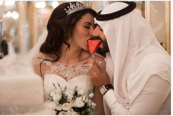 صور - مريم حسين تكشف عن الأكلة التي تتوحم عليها بصورة جريئة مع زوجها.. شاهد فنانات ممثلات كل النجوم 2017 2017-01-11_00133.jpg
