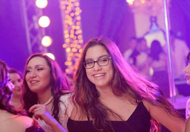 حفل راقص لطلاب ثانوية دولية - بارزة