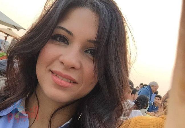 """صور جديدة لحفيدة إسماعيل ياسين """"الدكتورة سارة"""" التي فاجئت الجمهور بجمالها  اللافت"""