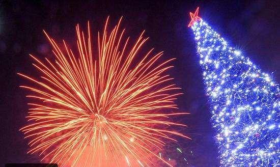 احتفالات رأس السنة باحدى المدن الروسية