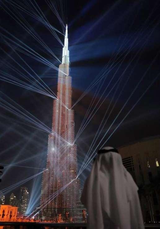 احتفالات الكريسماس في برج خليفة بدبي الامارات