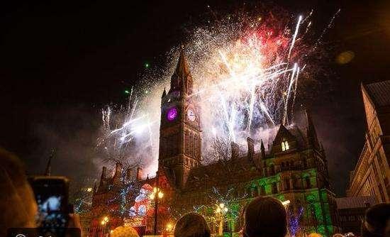 احتفالات الكريسماس في بريطانيا